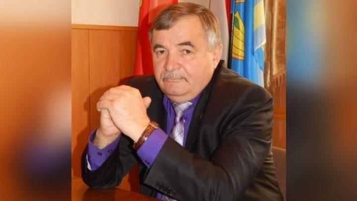 В Челябинской области от коронавируса скончался глава Пластовского района