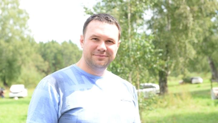 Главу комитета рекламы мэрии Новосибирска задержали силовики