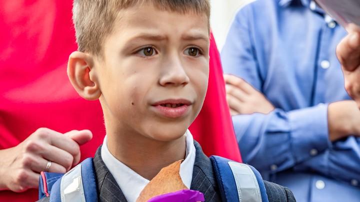Текслер продлил осенние каникулы в школах из-за коронавируса