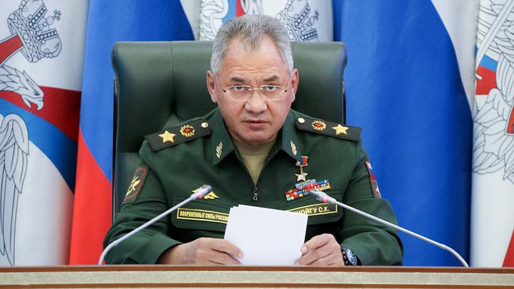 Шойгу отменил увольнительные и перенёс отпуска: Армия ощетинилась против коронавируса