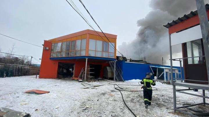 Под завалами могут быть люди: в Челябинске на предприятии взорвалась котельная