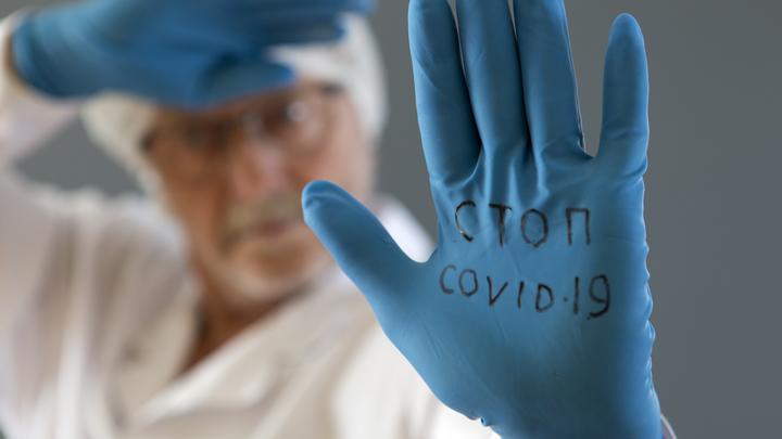 Вакцинация без альтернатив. Кто и зачем переписывает решения Путина?