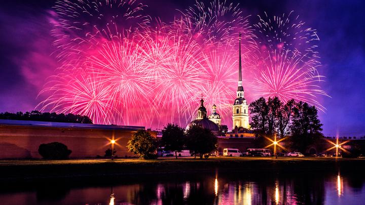 Новый год 2021 в Санкт-Петербурге: ТОП- 8 безопасных мест для детей и взрослых