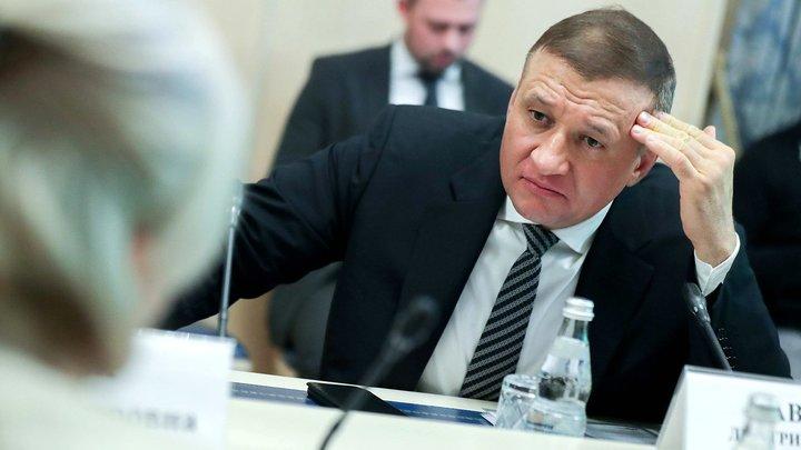 Сын Жириновского назвал перешедшего к единороссам новосибирского депутата предателем и перебежчиком
