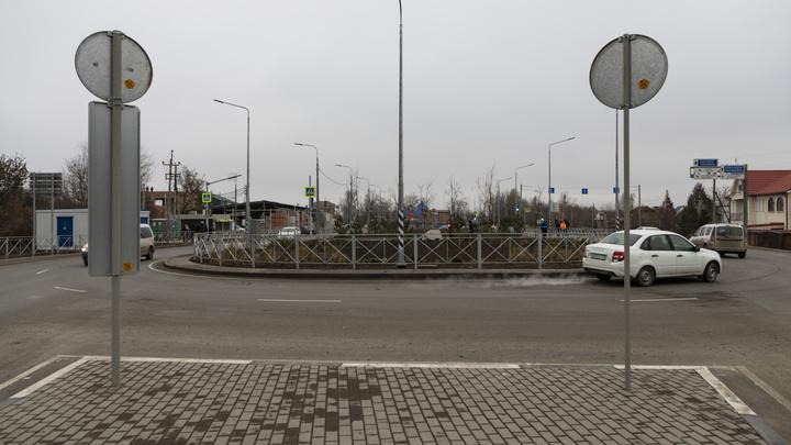 Пока что полумеры: В Ростове построили дорожную развязку для мкр. Суворовского