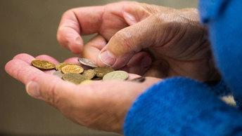 Юрий Пронько: Набиуллина может радоваться - нищета снизила инфляцию ниже 4%