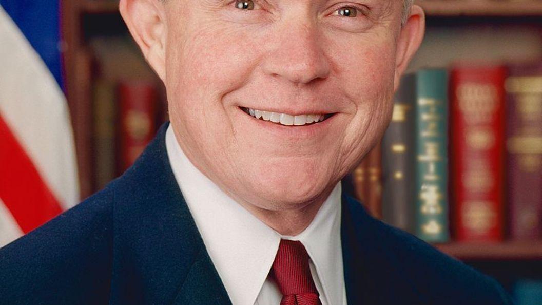 Сенат США утвердил нового генпрокурора вместо проштрафившейся Салли Йейтс