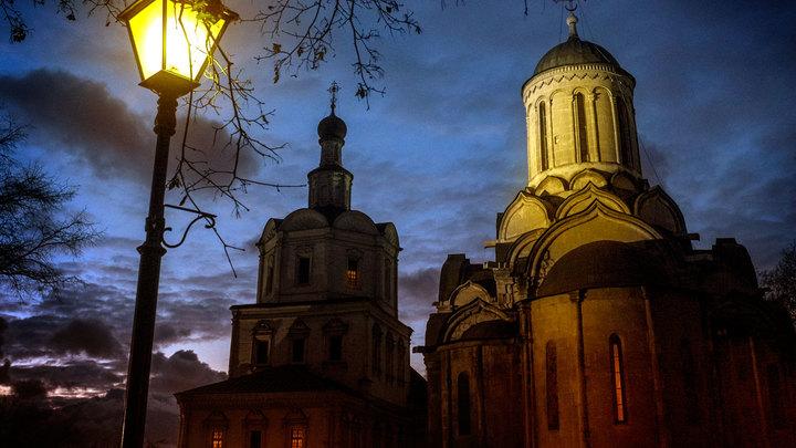 Больше денег, новая недвижимость в Москве и ресторан в алтаре: как Миндлин будет развивать Спасо-Андронников монастырь