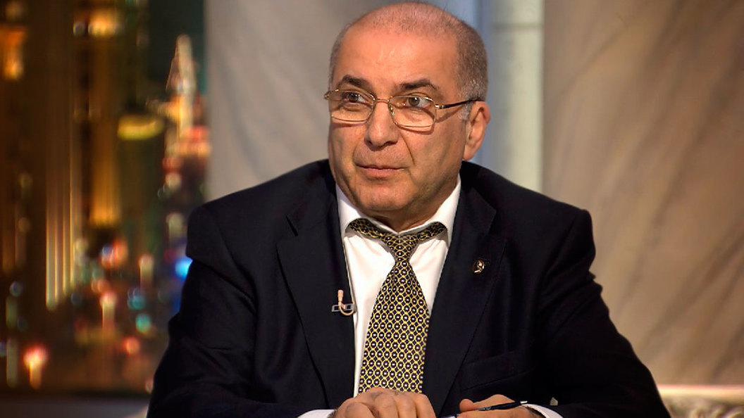 Гарегин Тосунян о банках: Это уже не эффект домино, а эффект катка