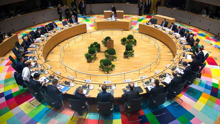 Евросоюз отказывается от амбиций и готов ужаться, чтобы выжить