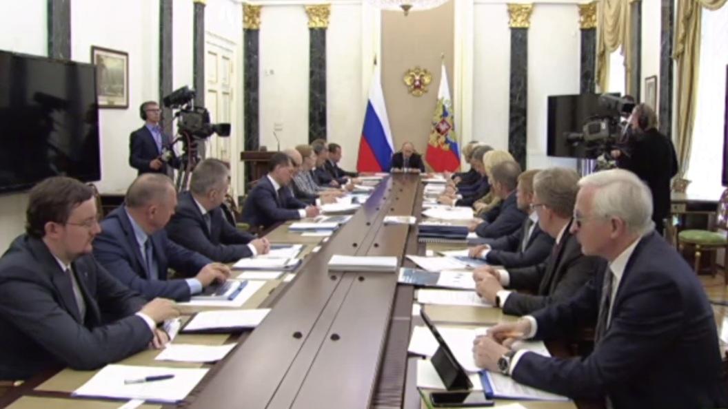 Путин дал рекомендацию обратить внимание наразвитие судебной системыРФ