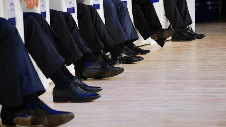 Только семь депутатов в Румынии выступили против вотума недоверия правительству