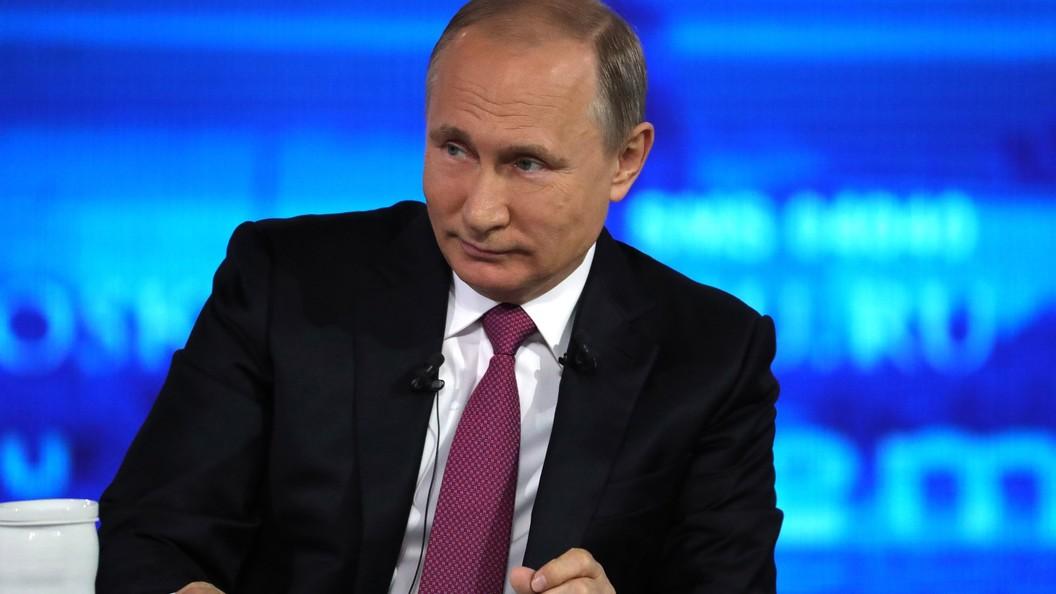 Путин и учителя обменялись анекдотами про грабителей