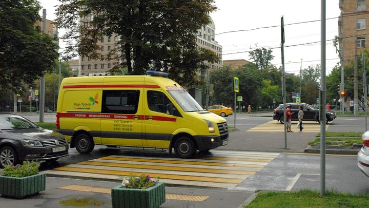 Блокировавший скорую водитель Porcshe ответит за ложный донос