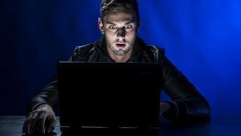 Атака на русских хакеров: Непрофессионализм или политический заказ?