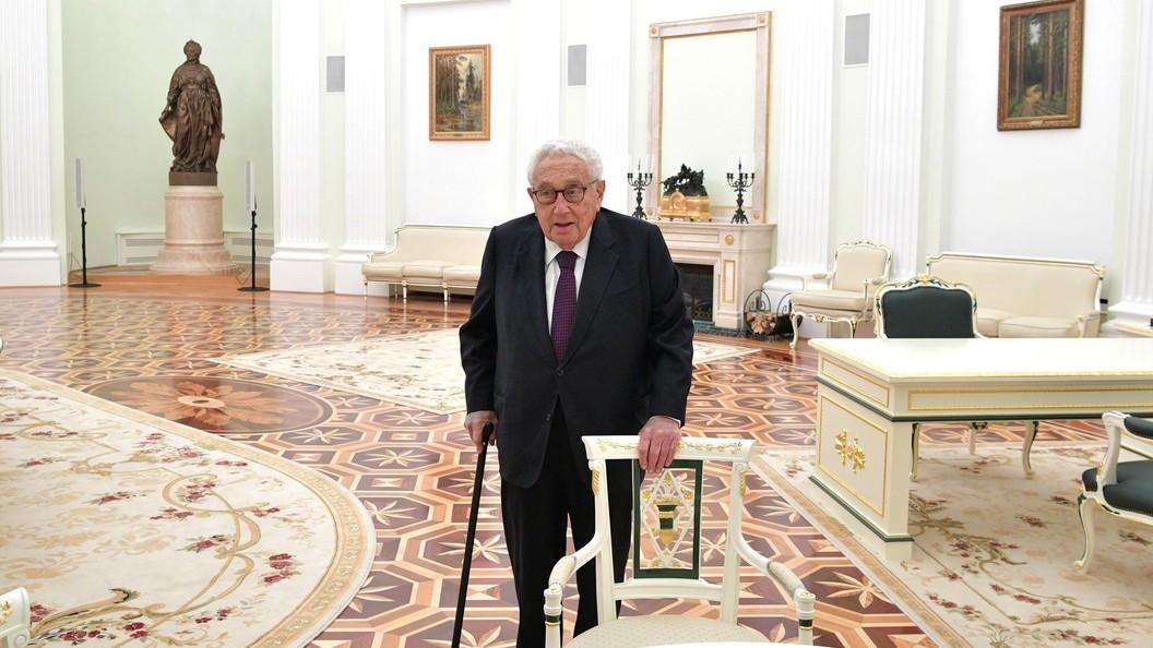 Киссинджер: Мы можем сейчас достичь прогресса в отношениях между Россией и США