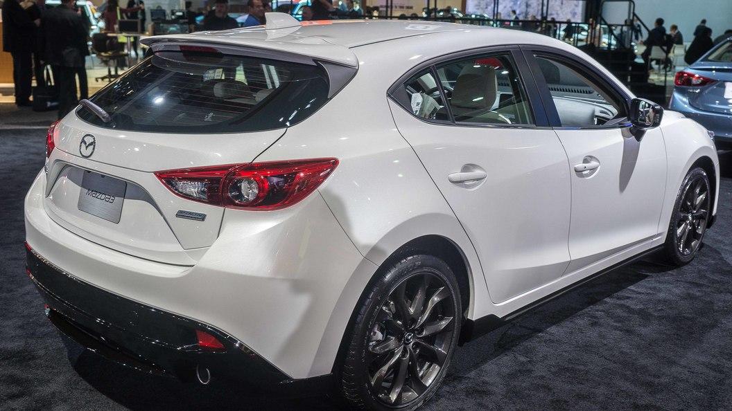 Mazda отзывает более 220 тысяч автомобилей из-за проблем с тормозами