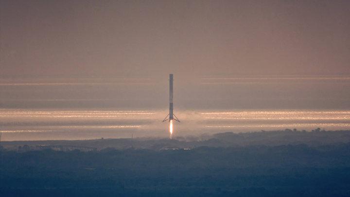 Запуск Falcon 9 со спутником связиIntelsat 35e прошел без возвращения ступени