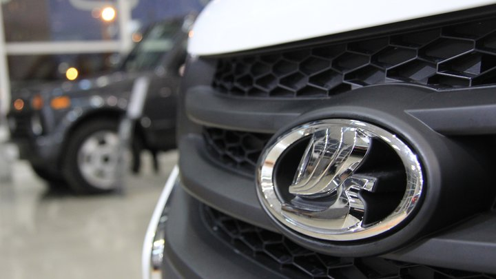 В Казахстане продали первый электрокар Lada Vesta EV