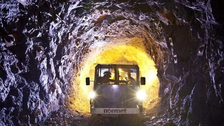 После взрыва газа в шахте в Норильске пропали пять человек