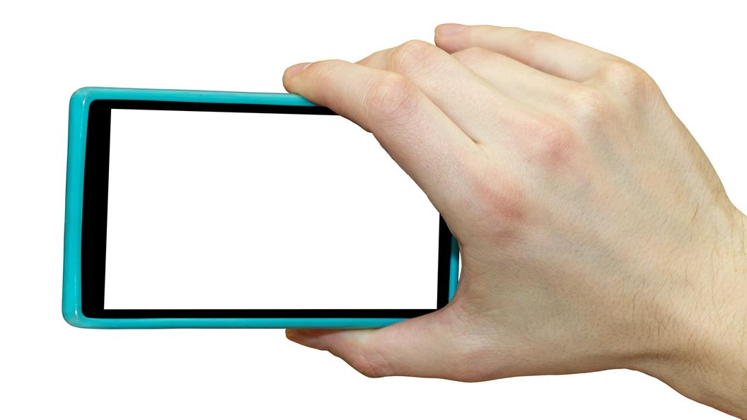 Первый смартфон с двумя операционками появился в России