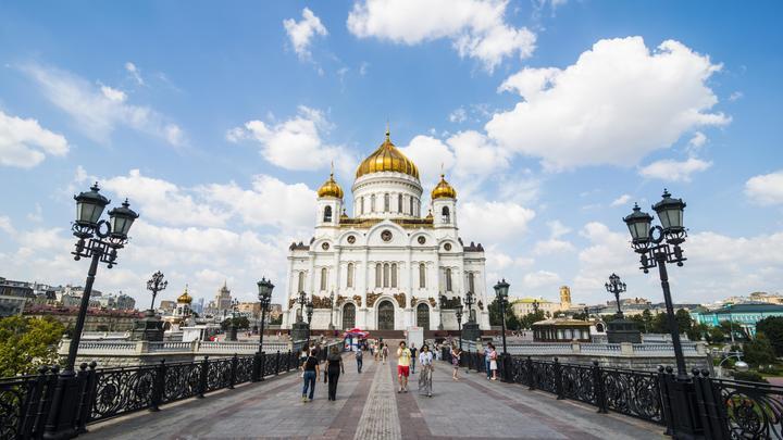 Сегодня москвичам обещают 25 градусов тепла и солнце