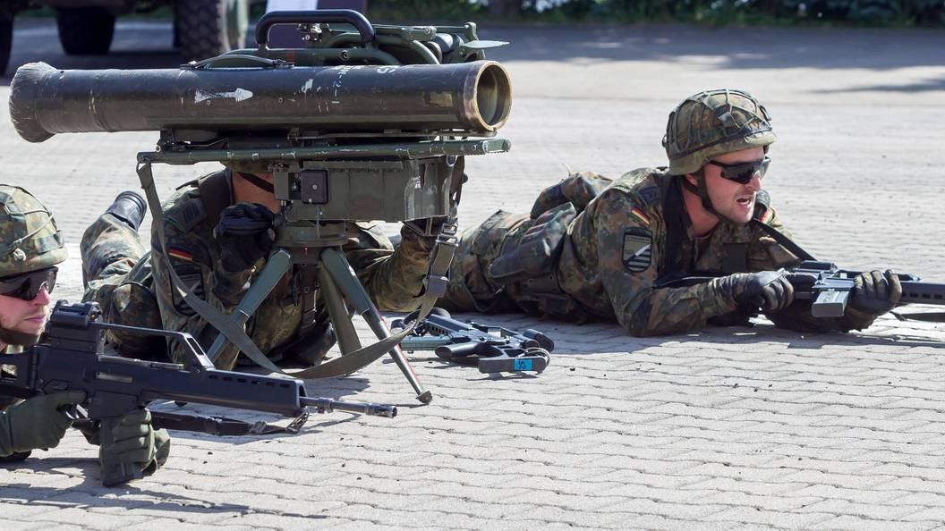 В учениях НАТО в Румынии примут участие 25 тысяч военных и 3 тысячи боевых машин