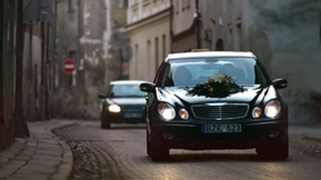 Стало известно, какой мотор получит президентский лимузин «Кортеж»