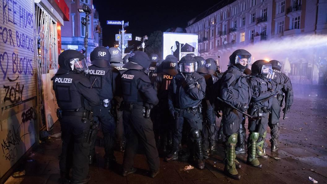 Дела задержанных в Гамбурге российских граждан передадут в суд через несколько недель