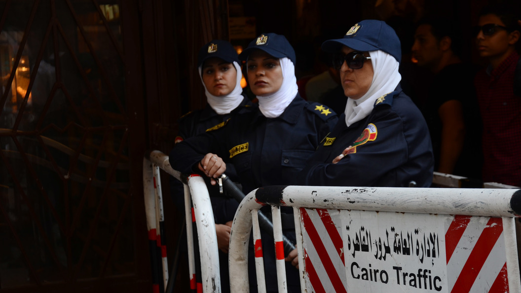На пляже в Египте неизвестный зарезал двух гражданок Украины