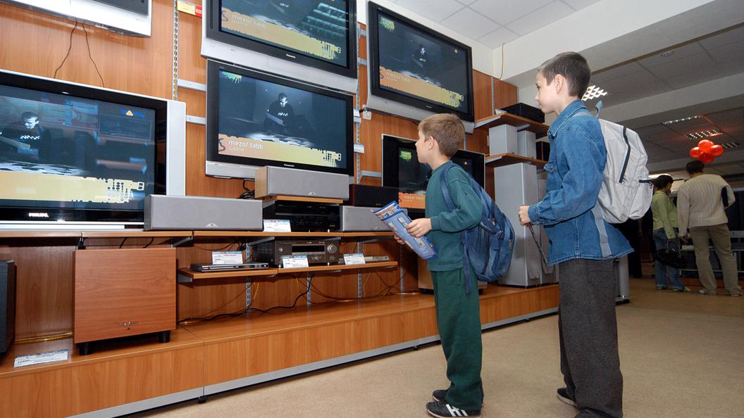В России предлагают запретить рекламу на ТВ по воскресеньям