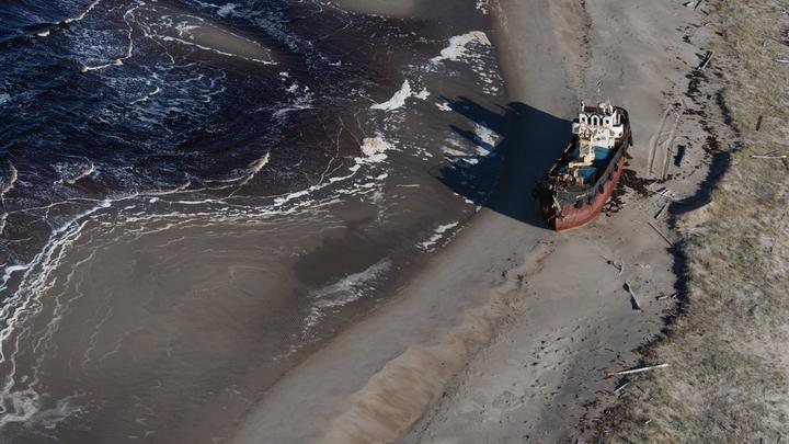 На Украине пассажирские судна массово сели на мель