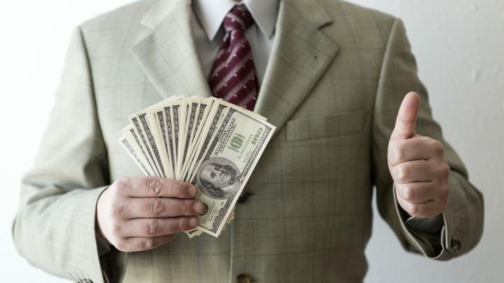 Красноярские депутаты отменят закон о двойном повышении своих зарплат