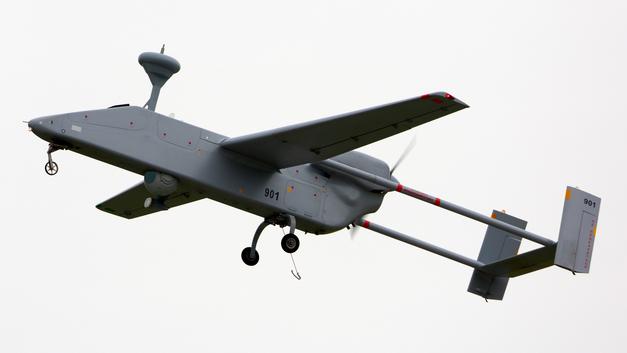Главком ВКС пообещал создать стаи беспилотников и конвертопланов