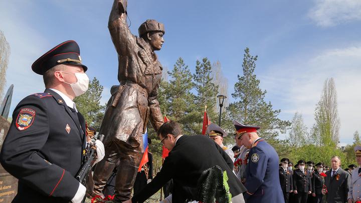 В Нижнем Новгороде увековечили имена Героев