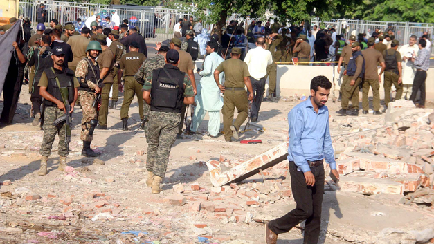 Теракт в Пакистане: Число жертв увеличилось до 25 человек