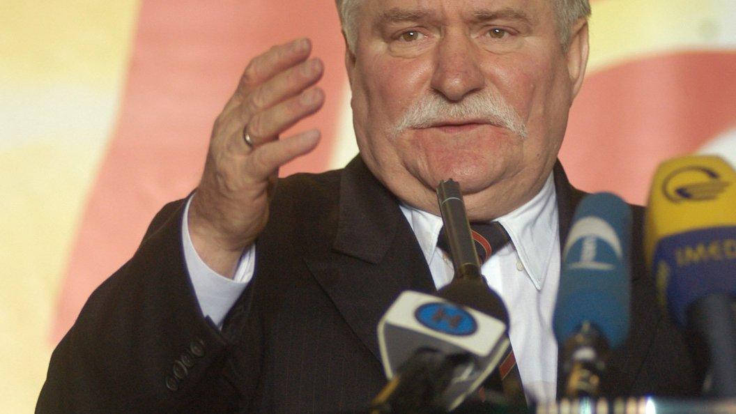 Лех Валенса: Ярослав Качиньский спровоцировал гибель своего брата из жажды власти
