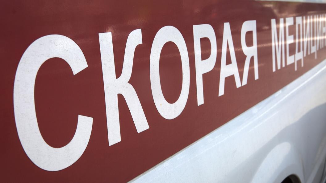 В центре Москвы автомобиль Генпрокуратуры столкнулся с байкером