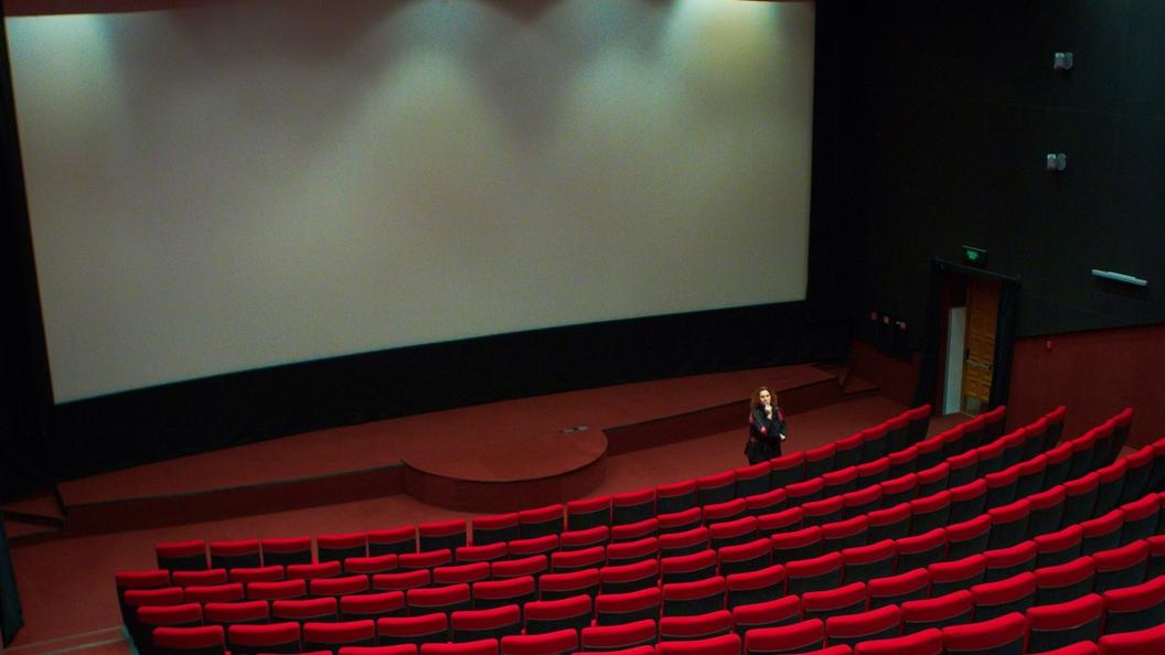 Культурные площадки смогут показывать отечественное кино без разрешений