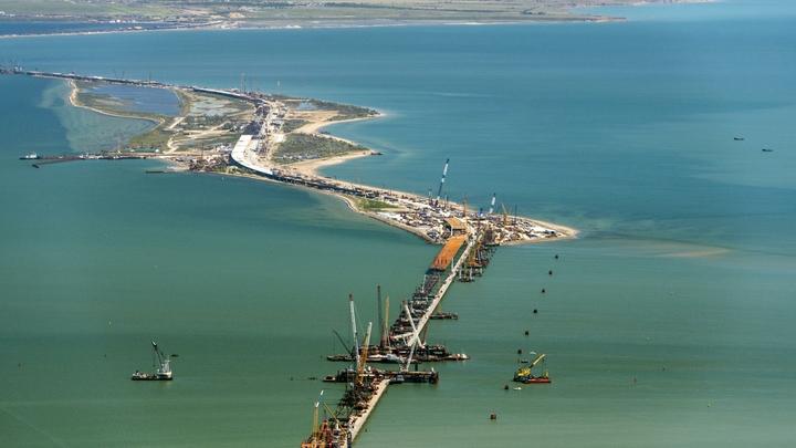 Для сборки автомобильной арки Крымского моста потребовалось 110 тонн болтов