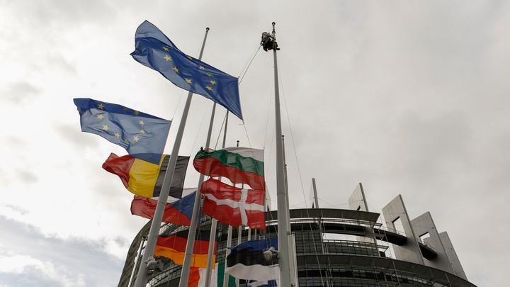 Четыре страны на радость Могерини присоединились к санкциям ЕС против России