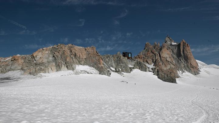 Сотни мумифицированных трупов скоро выйдут на поверхность ледников в Швейцарии