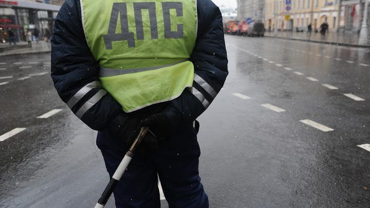 ДТП в Кемерово: Бронетранспортер столкнулся с легковушкой