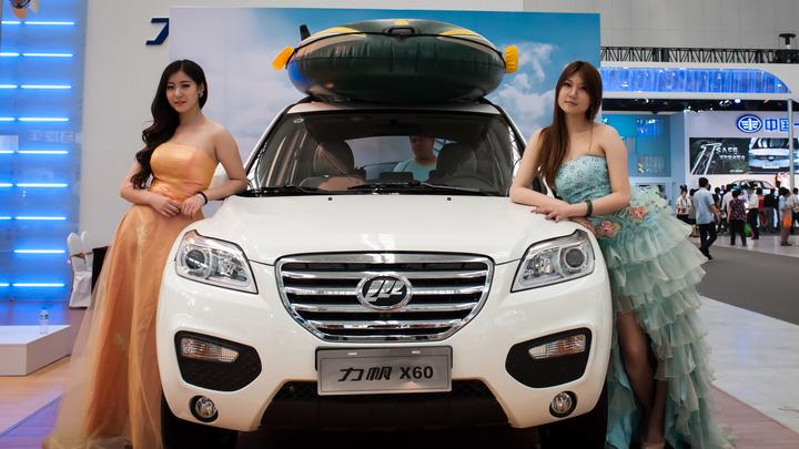 Новый кроссовер Lifan Pengfei порадует автолюбителей новым салоном
