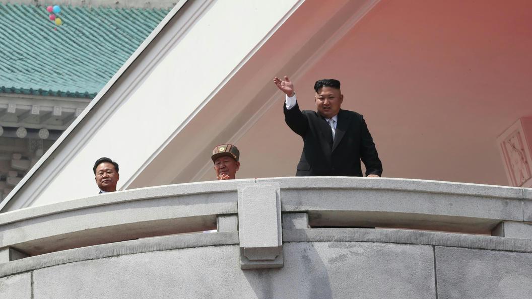 Ким Чен Ын отложил ракетный пуск в направлении Гуама