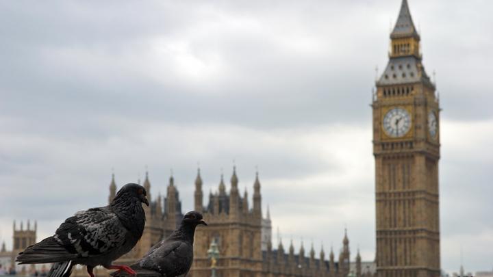 В Лондоне простились с часами на башне Биг-Бен