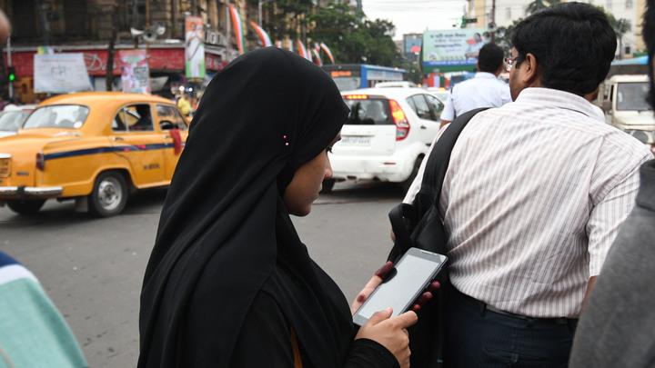 Мусульманских женщин в Индии защитили от практики развода на словах