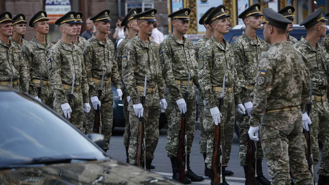 Жители Украины возмутились парадом НАТО в центре Киева