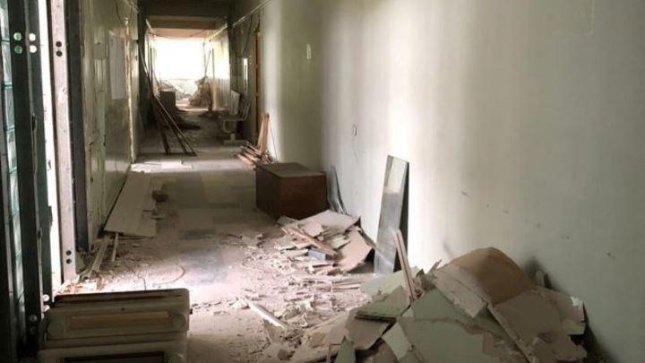 После 40 лет ожидания в кемеровской поликлинике №5 начался капитальный ремонт