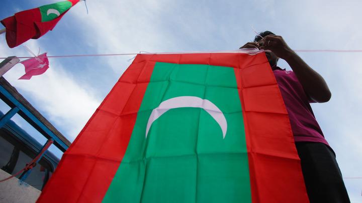 Ситуация на Мальдивах обостряется: Служба безопасности страны штурмовала Верховный суд
